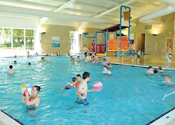 Caravan parks in yorkshire - Swimming pools with slides in yorkshire ...