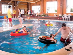 Skirlington holiday park family caravan park in east - Swimming pools with slides in yorkshire ...